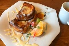 nikko-weekend-brunch-frenchtoast